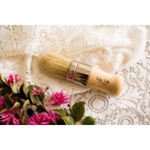 La Petite Brush